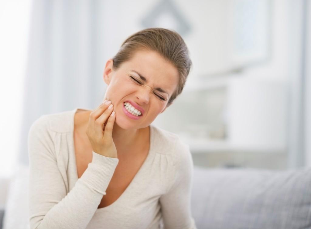 Dental assistants tooth sensitivity