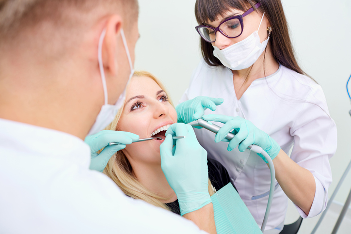 It's a dental hygienist's ethical duty to act in their client's best  interest at all times
